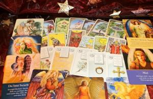 oracle-cards-242767_1280 by Antranias - pixabay.com